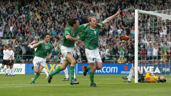 Gary Doherty celebrates in the Irish Jersey at Landsdowne Road