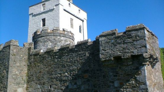 doe castle photographed from below