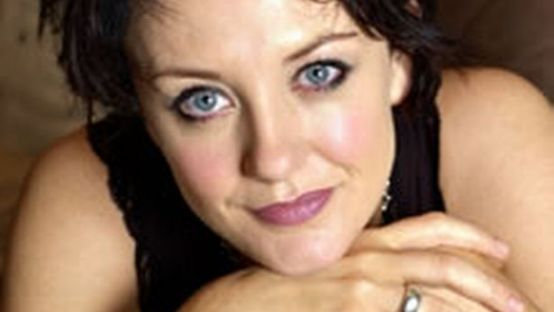 Picture of Lorraine McIntosh, singer with band Deacon Blue