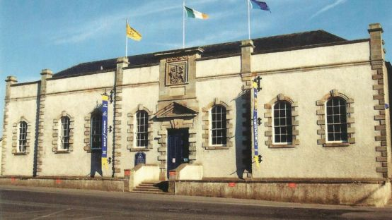 Image of the old courthouse in Lifford
