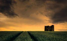 Image of Burt Castle in the evening